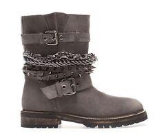 Boots Bottines Motardes cuir nubuck gris avec détails chaines ZARA taille 38