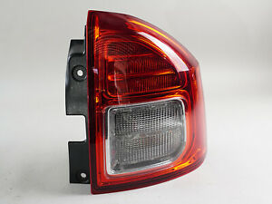2011 - 2013 JEEP COMPASS TAILLIGHT BRAKE LAMP ASSEMBLY REAR RIGHT SIDE RH OEM