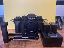 Fujifilm X-T4 26.1 MP Mirrorless Camera - Black w/ Grip & Dual Battery Charger