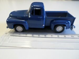 ford pick up modele bleu road signature