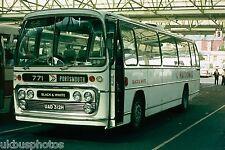 Black & White No.312 UAD312H Bus Photo