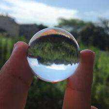 Boule ou balle en cristal en quartz naturel - magnétisme et soins