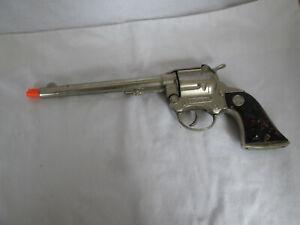 Hubley Wyatt Earp Long Barrel Toy Cap Gun Pistol Root Beer Grips Vintage 1950's