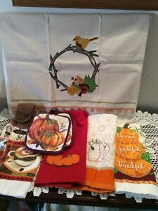 Lot of 7 Kitchen Set, Fall, Thanksgiving, 5 Dish Hand Towels, 2 Pot Holders,