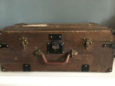 valise malle de voyage en bois