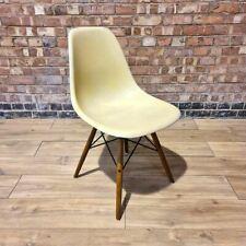 Pergamino Herman Miller Eames Original Vintage Dsw comedor silla lateral Shell