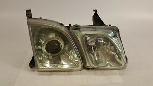 2003-2007 LEXUS LX470 HEADLIGHT PASSENGER RIGHT HALOGEN LAMP 03-07 OEM