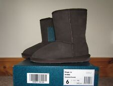 Emu Australia Womans Stinger Low  Boots. BNIB Size 4