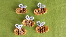 Applikation gehäkelt,Minibienen,3,00x2,50cm,Aufnäher,Häkelblume,5 Bienen,