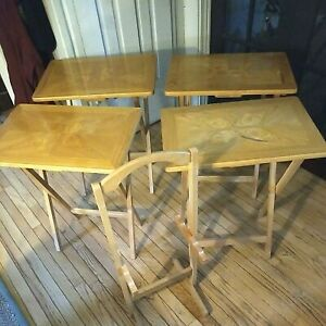 Set of 4 Maple Wood TV Trays ~ Folding Tray End Tables w/ Stand - Vintage