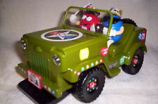 M&M DISPENSER MILITARY WILLYS JEEP WITH SOUND & LIGHTS - SOLD WITHOUT BOX