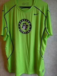 Men's XL Nike Pro Combat Fitted Athletic Training Mesh Back T-Shirt, Neon Yellow