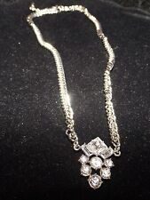 new silver tone vintage style thick chain and clear stones 20 inch necklace