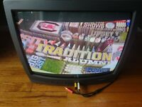 """Toshiba 19"""" Color CRT Television w/Remote Model 19A21 Retro Gaming TV WORKS!"""