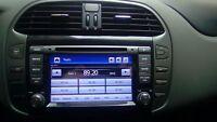 AUTORADIO FIAT BRAVO NAVIGATORE GPS DVD USB SD MP3 BT COMANDI VOLANTE XTRONS