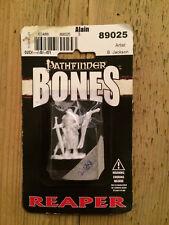 Reaper, Bones, Pathfinder miniature: Alain