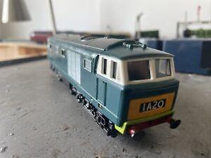 Hornby  Hymek Class 35 In BR Blue OO Gauge
