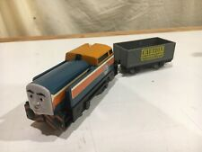 Motorized Den with Gray Car for Thomas and Friends Trackmaster Railway
