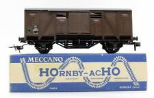 HORNBY-ACHO HO GAUGE 704 SNCF BROWN COUVERT WAGON  (1H)