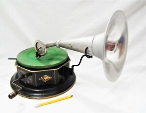 RARE BING OCTOPHONE TABLE TOP PHONOGRAPH GRAMOPHONE 78 RPM SMALL RECORD PLAYER