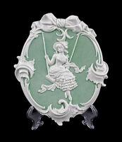 9941251 Porzellan Wandbild Relief Jugendstil-Mädchen 15x2x18cm
