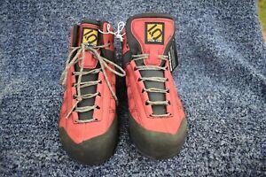 NWT Five Ten Guide Tennie Mid Stealthhiking boot Unisex US 6 wms 4.5 men