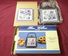 Blue Willow Tile Trivet Cast Iron Pantry Collection Heritage Mint, Ltd. 1997 +