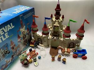 Medieval Castle 1989 Lil Playmates Horses & Knights Action Figures Set Complete