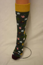 WINTER LEAFS ON GREY CALF LENGTH LOVE SOCKS 5 TO 10 UNISEX FOR HAPPY FEET!