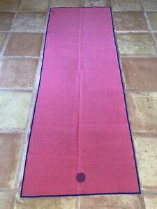 Manduka Skidless Yogitoes Yoga Mat Grip Towel Raspberry Red Hot Yoga Yogi