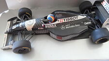SAUBER MERCEDES C13 H.H. FRENTZEN MINICHAMPS 1/18 (RIGHT MIRROR IS MISSING)