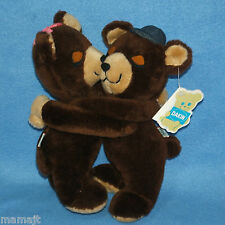 f0034735524 Dakin Brown Hugging Bears 10