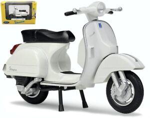 2016 Vespa Px, Welly Motor Scooter Model 1:18