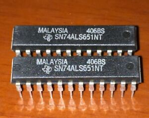 5PCS SN74ALS651NT OCTAL BUS TRANSCEIVERS AND REGISTERS DIP24