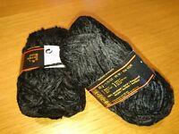 10 pelotes de fil velours  noir  /  fabriqué en France