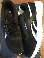 Womens Reebok flexagon Energy TR trainers Size Uk8 Black/white Brand New