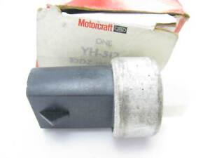 NOS OEM Motorcraft YH512 A/C Compressor Clutch Switch FORD OE # E2DZ-19E561-B
