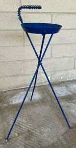 Vintage Atmomic Eames Era Standing Mid Century Modern Sputnik Cigarette Ash Tray
