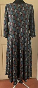 SEASALT Latte Leaf Onyx Veronica Dress with pockets sizes 14 16 & 20