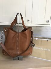 BEAUTIFUL MICHAEL KORS UPTOWN ASTOR LARGE TAN STUDDED LEATHER SHOULDER/ HOBO BAG