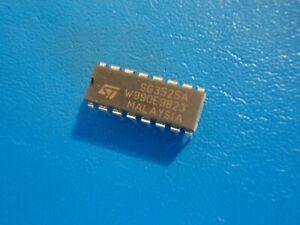 ST  SG3525A  REGULATOR PULSE WIDTH MODULATOR   16PIN   QTY = 1