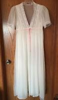 Vintage Dream Away Peignoir Robe and Nightgown Sz M Chiffon Lace Satin Tie