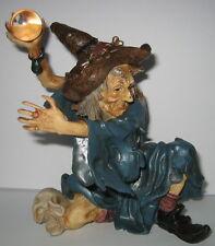 Hexe Magier mit Zauberkugel, Halloween Deko, Kunststein, 15x13x12cm