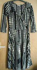 Wallis V-Neck 3/4 Sleeve Regular Size Dresses for Women