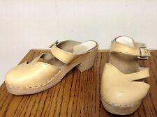 Ugglebo Toffeln Beige Wooden Vintage Buckle Clogs Size 39 US 8.5