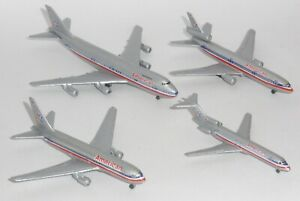 American Airlines Schabak Set Boeing Diecast Collectors Model Scale 1:600