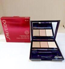 Shiseido LUMINIZING Satin Eye Color Triogy901 Snow Shadow - 100 gr
