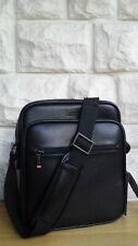 BNWT, KENNETH COLE REACTION RFID PROTECTION TECH CROSS BODY BAG.  RRP £132.50