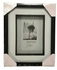 Black 5 x 7 Photo Frame with White Matte Hanging Picture or Display Shadow Box