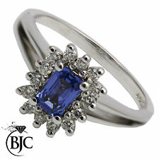 Diamond White Gold Emerald Cluster Fine Rings
